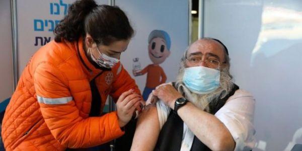 إسرائيل: اللقاحات اللي مابغاوهاش الفلسطينيون كانت سليمة