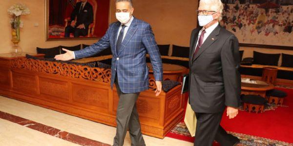 """من المقر ديال مديرية """"الديستي"""".. السفير الأمريكي المنتهية مهامه للحموشي: المغرب بلد آمن و واعد"""