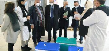 حصيلة كورونا والفاكسان: 3 مليون مغربي خداو الجرعة اللولة من اللقاح.. و386 تصابو اليوم بالڤيروس