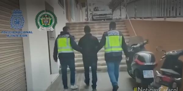 """اسبانيا : أخطر مطلوب عالميا من حركة """"جيش التحرير الوطني"""" الكولومبية شدوه البوليس قبل ما يجي للمغرب مع صاحبتو"""