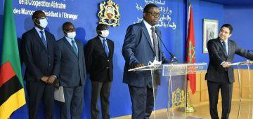 زامبيا عينات قنصلها العام فالعيون والقائم بأعمال سفارتها فالرباط – تصاور