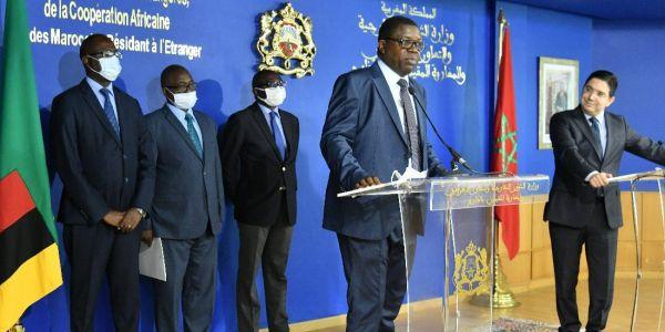 زامبيا عينات القائم بأعمال سفارتها فالرباط و قنصلها العام فالعيون – تصاور