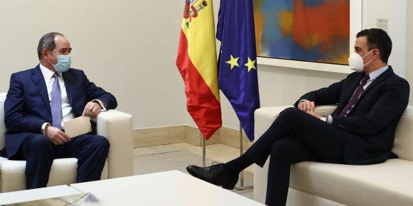 شيات نظام عسكر الدزاير بوگادوم تلاقى رئيس الحكومة الإسبانية و بغاو يديرو اجتماع رفيع المستوى بين البلدين