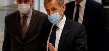 قضية التنصت.. الرئيس الفرنسي السابق ساركوزي ضربوه بـ3 سنين ديال الحبس منها عام نافد