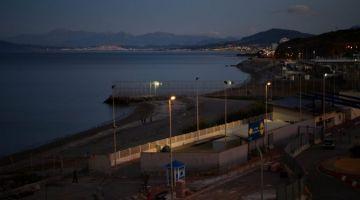 سبتة : جوج مغاربة حركو عومان لـ بلايا ديل تاراخال