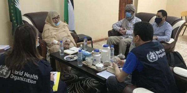 بعد ارتفاع عدد الإصابات بفيروس كورونا.. وفد من منظمة الصحة العالمية ف الدزاير مشا لمخيمات تندوف