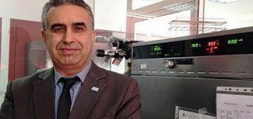 البروفيسور الابراهيمي عضو اللجنة العلمية: بريطانيا دات حصص المغرب من فاكسان استرازينيكا والصين كاتقطر علينا 500 الف جرعة مرة مرة
