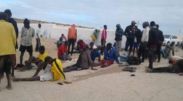 مواجهات بين حراكَة من دول إفريقيا جنوب الصحرا والبوليس ف مركز للإيواء جنوب الداخلة