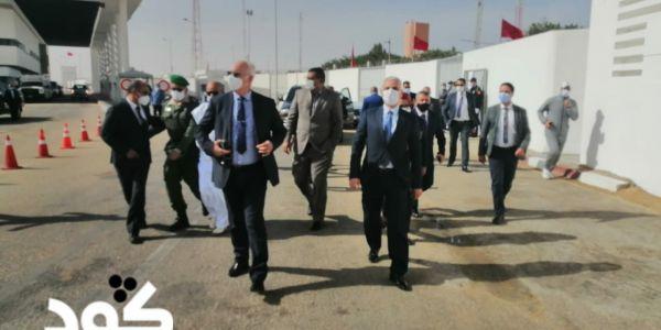 وزير الصحة كيضحك عليكم يا لمغاربة. خرج على القطاع وجا يبكي فالبرلمان: عندنا خصاص فالاطبا عندنا وعندنا وعندنا. وقولينا اش اش كدير