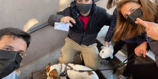 الطاليان.. تضامن كبير مع بائع متجول مغربي ضرباتو البلدية بغرامة 5 آلاف اورو