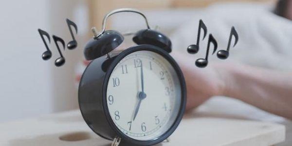 دراسة: مزيان الواحد يفيق على الموسيقى اللي كتعجبو باش مايبقاش معكَاز