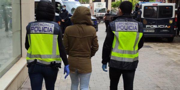 كطالونيا.. البوليس كيحقق في استفادة مئات المغاربة من بيرميات مزورة – فيديو