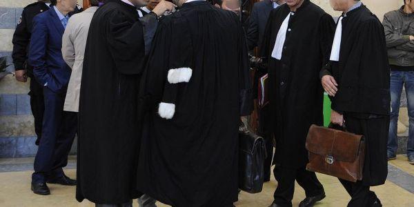 تجسيد المحامي حرام! في بلاد أخرى يقدسون المحامي ويقدمون له القرابين احتراما له ولمهنته الشريفة