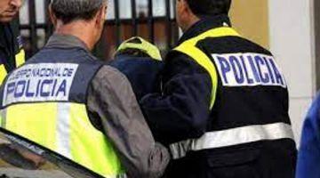 الصبليون سلمو للطاليان مغربي روشيرشي بسباب سرقات عنيفة الضحايا ديالها شيبانيين وذوي الاحتياجات الخاصة