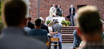 رجال دين ف ألمانيا تحداو الفاتيكان و باركو زواج المثليين