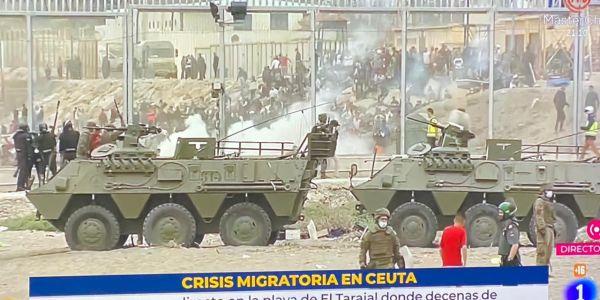"""الصبليون هبطو الجيش لـ سبتة باش يسيطر على موجة """"الحريگ الكبير"""" والبوليس كيقدرو عدد الحراگة بـ 9000 شخص"""