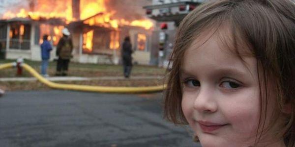 """الدرية المعروفة بـ""""Disaster Girl"""" باعت تصوريتها المشهورة بأكثر من 470 ألف دولار"""