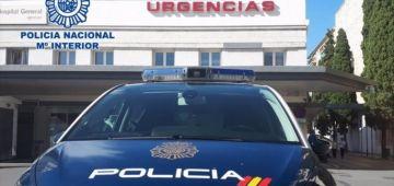 اسبانيا : مغربي كيتسنا الطرد وفايت مشدود 30 مرة شرشم صبيطار غرناطة وهدد ممرضين وحراس خاصين
