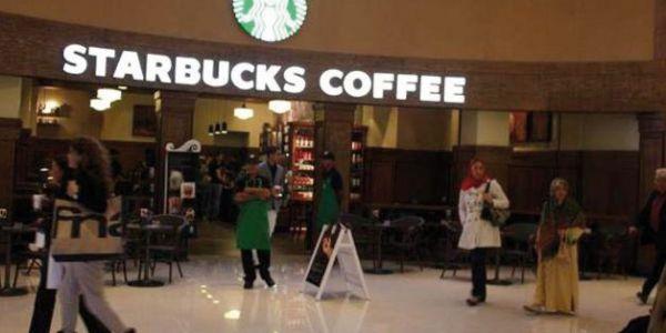 المواطن لي يبانوليه مغاربة كيشربو قهوة بنهار وينوض يعربط عليهم ويجيب ليهم البوليس هذا ماشي غيور على دينه، ولكن هذا راه مشروع متطرف، فاش آذاوه أفراد شربو قهوة بنهار وهو صايم