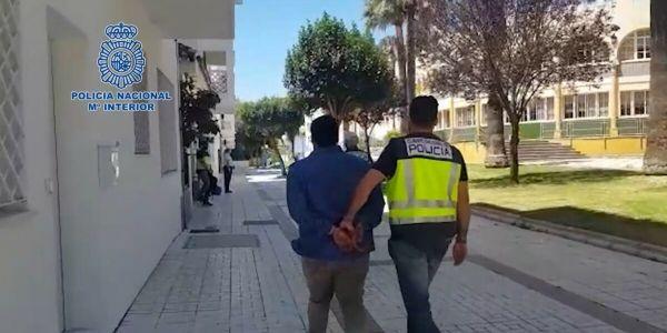 بوليس سبتة داير حملة على الحراكة المغاربة لي مخبعين فشوارع المدينة المحتلة