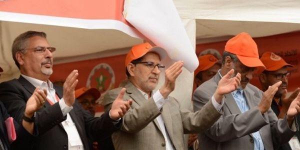 دولة المعلمين! هدف عزيز أخنوش هو إدماج العدالة والتنمية في حزب التجمع الوطني للأحرار!