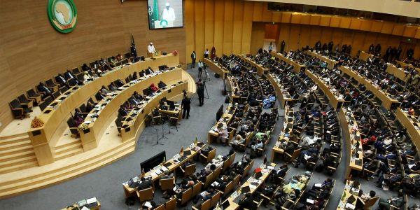 البرلمان الإفريقي تضامن مع المغرب ف أزمتو مع الصبليون وطلب من الإتحاد الأوروبي يبقى بعيد – بيان