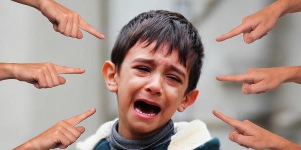 حضيو ولادكم.. التنمر فالمدرسة دفع طفل للانتحار والمحكمة خرجات لاسرتو تعويض ب 3 مليون دولار