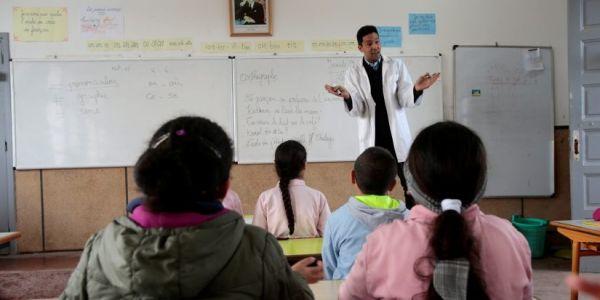 عدد الأساتذة فـ المغرب فايت 250 ألف.. نسبة كبيرة منهم فـ الإبتدائي وأكثر من 48 فالمية فالعالم القروي – أرقام