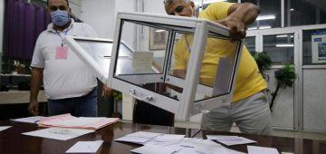 الجزائريون لحكامهم: ما مصوتينش. 14.5 بالمائة صوتو حتى الربعة ورئيسهم: ما كيهمنيش الارقام