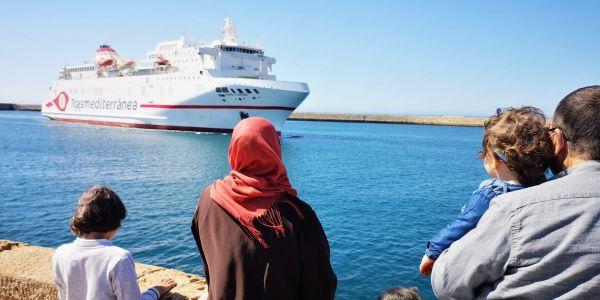 """الصبليون بداو كيحسو بالدق.. ميناء ألميريا غادي يخسر أكثر من 500 الف مسافر بسباب استثناء إسبانيا من """"مرحبا 2021"""""""