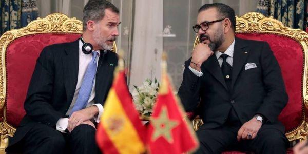 """إل كونفيدونثيال"""" نصحات رئيس الوزراء  سانشيز يستعمل وساطة الملك فيليبي السادس مع المغرب"""
