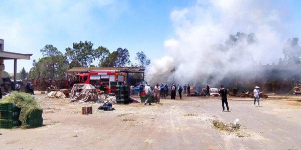 العافية شعلات ف سوق الجملة ديال الخضرة والديسير بسطات وخلفات خسائر مادية مهمة