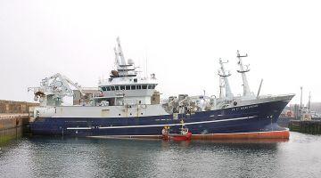 """""""لاراثون"""" : المغرب يقدر يستغل اتفاق الصيد مع الاتحاد الأوروبي باش يعاقب اسبانيا"""