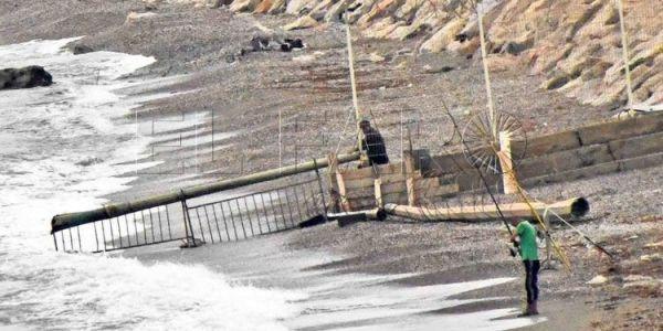 سبتة المحتلة: السلطات المغربية دارت الأسلاك الشائكة على مداخل تراخال وبنزو وزادت صعبات القضية على الحراگة