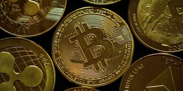 فلوس صحيحة.. البوليس البريطاني صادرو 180 مليون جنيه إسترليني من العملات الرقمية
