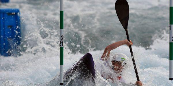 بطلة أولمبية استعملات پريزيرڤاتيڤ باش تصلح الكاياك ديالها – فيديو