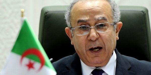 """ياك نتوما ماشي طرف؟.. وزير خارجية نظام العسكر """"لعمامرة"""" : بغينا الأمم المتحدة تهتم أكثر بقضية الصحرا"""