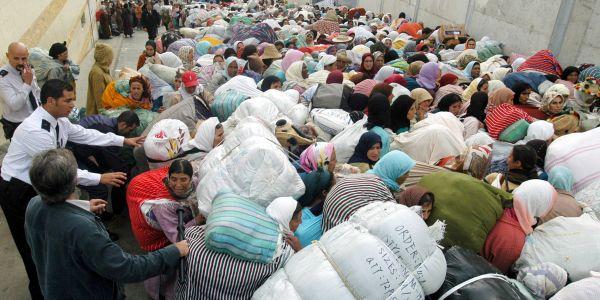 """استطلاع لجامعة عبد المالك السعدي على """"الكونطراباندو"""" : 55 ٪ من التطوانيين اعتبرو ان المغرب منعو لأسباب اقتصادية و20 ٪ ربطو القضية بالسياسة"""