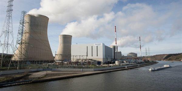 بلجيكا وقفات مفاعل نووي بسبب الفياضانات
