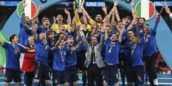 يورو 2020.. الطاليان أبطال أوروبا بعدما ربحو النكَليز فـ ماتش صعيب سالا بـ پيلانتيات