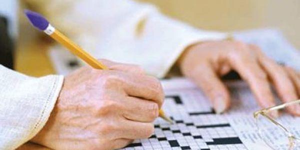 دراسة: الكلمات المتقاطعة كاتعطل الإصابة بالزهايمر لمدة 5 سنين