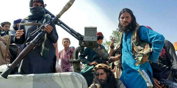 أستاذ وقفوه وتابعوه ففرانسا بسباب منشور ففيسبوك دافع فيه على طالبان اللي محسوبة مع المنظمات الإرهابية
