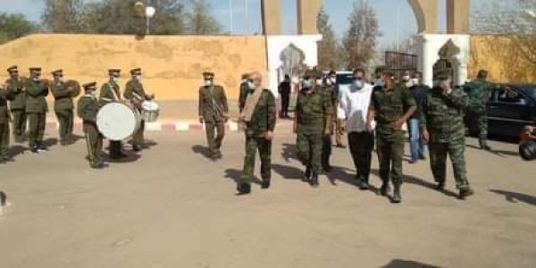 زعيم البوليساريو وصل لمخيمات تندوف بعد 5 شهور ديال العلاج برا -تصاور