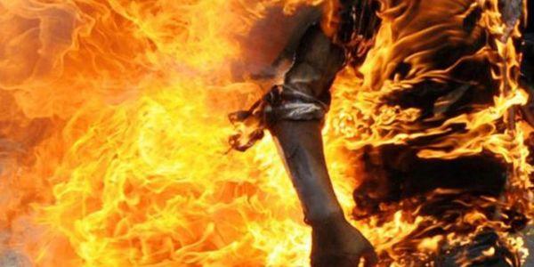 """قضية """"مول الهندية"""" اللّي حرق راسو ومات.. الجمعية المغربية لحقوق الإنسان: النيابة العامة بفاس خاصها تفتح تحقيق نزيه"""