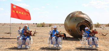 بالفيديو.. 3 من الطاقم اللي بناو المحطة الفضائية الشينوية رجعو للأرض