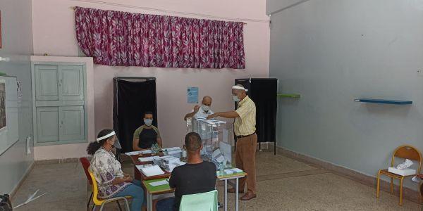 نسبة المشاركة فـ الانتخابات بجهة فاس مكناس وصلات لـ50 فالمية والعاصمة العلمية بقات فـ28 فالمية