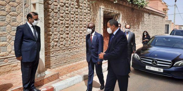 ضربة جديدة للبوليساريو.. تنصيب قنصل دولة بوروندي فـ العيون – تصاور