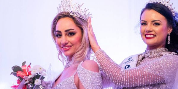 مابغاتش تاخد الفاكسان ضد كورونا.. ملكة جمال هولندا خرجات من المسابقة العالمية