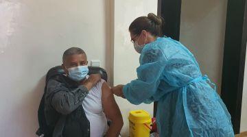 كورونا اليوم: 800 ألف واحد خداو الجرعة الثالثة من اللقاح