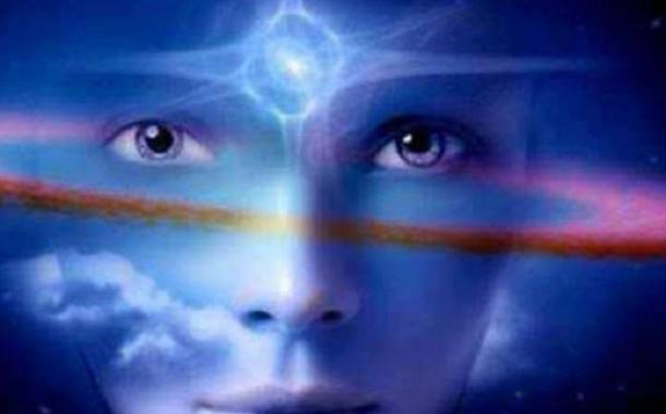 التقنيات العلاجية بالطاقة الكونية